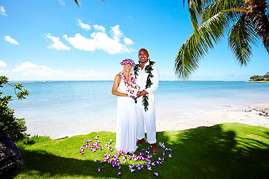 Hawaii weddings waialae kahala beach click on photo to see wedding junglespirit Images